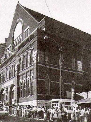 2Ryman Auditorium